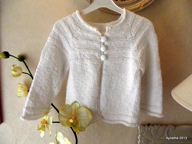 modele tricot gratuit fille 2 ans