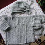 Modele gratuit brassiere bebe crochet
